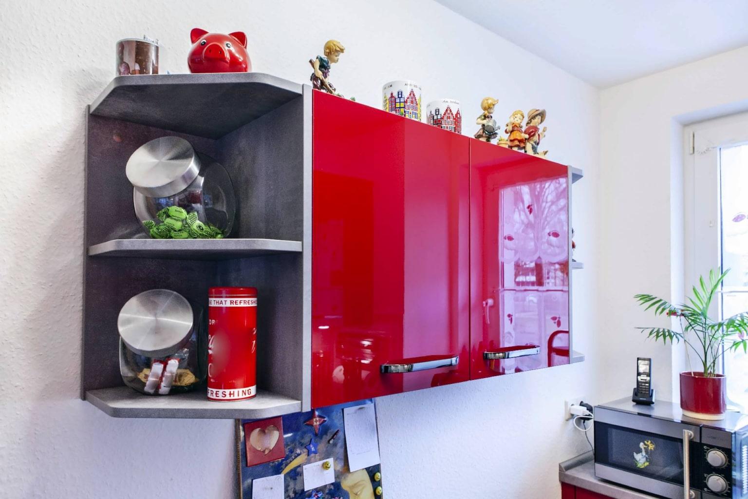 Hochglanz Küche in Echtlack Kirschrot (6)