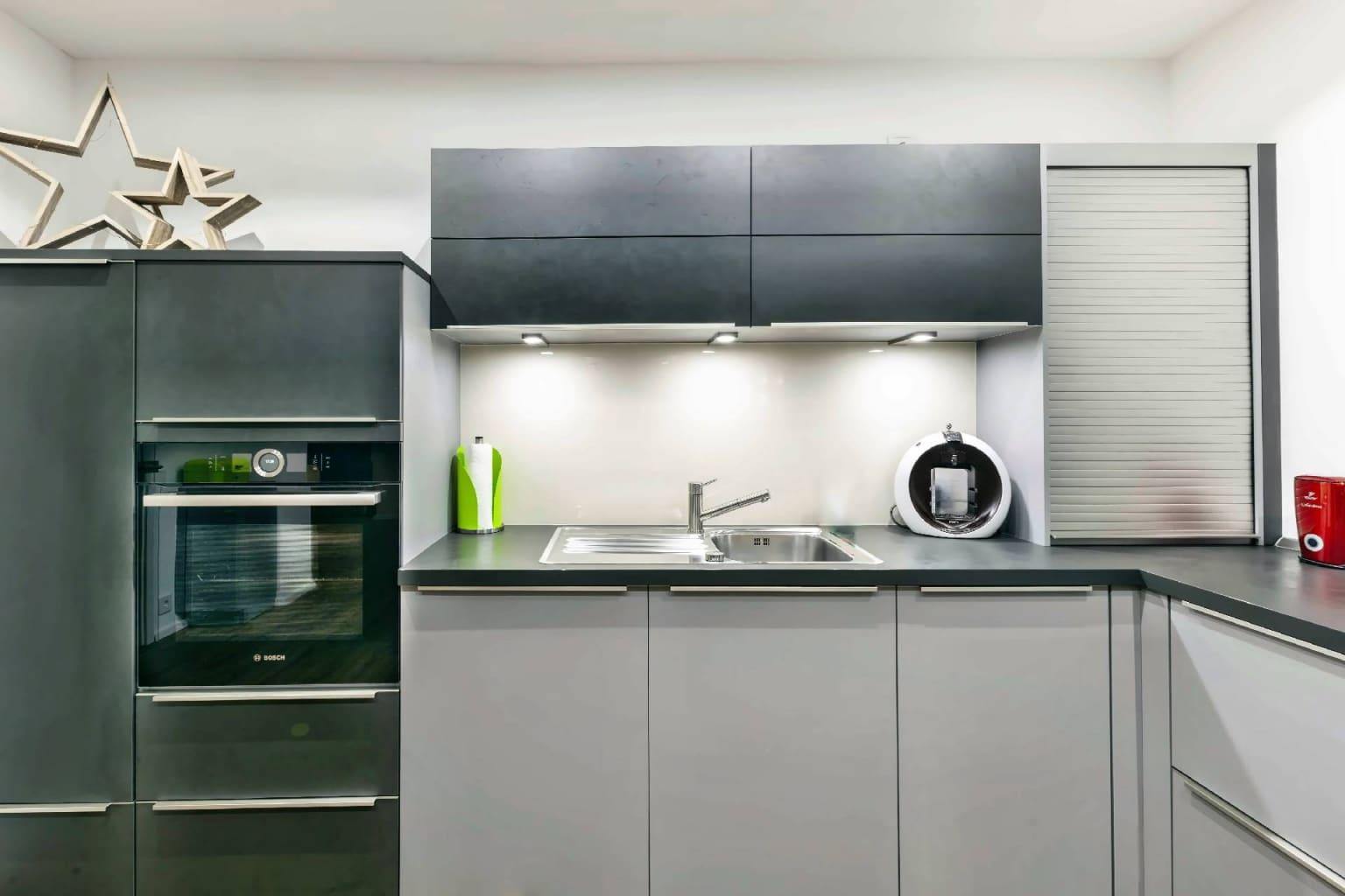 U-förmige Küche offen zum Wohnraum (4)